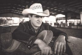 Jon Pardi; Photo by Jim Wright