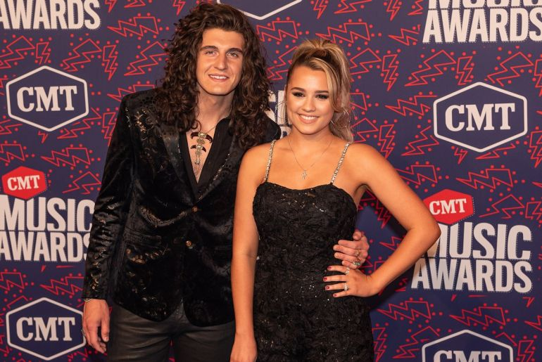 Cade Foehner and Gabby Barrett; Photo by Andrew Wendowski