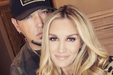 Jason Aldean and Wife, Brittany; Photo via Instagram