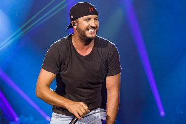 Luke Bryan; Photo by Andrew Wendowski