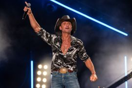 Tim McGraw; Photo by Andrew Wendowski