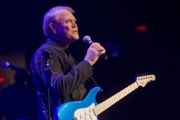 Glen Campbell; Photo by Ed Rode/Getty Images