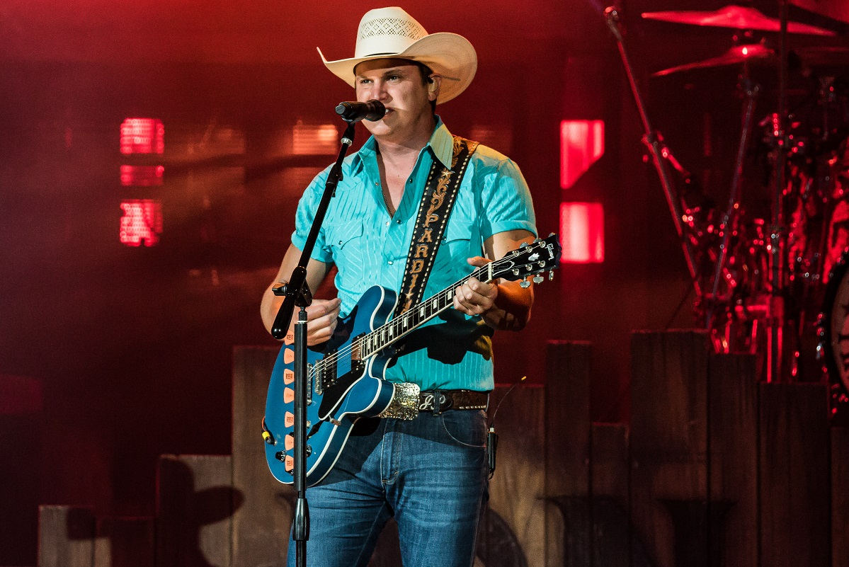 Jon Pardi; Photo by Andrew Wendowski