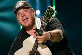 Luke Combs; Photo by Andrew Wendowski