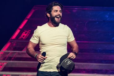 Thomas Rhett; Photo by Andrew Wendowski