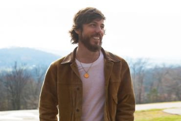 Chris Janson; Photo by Conner Dwyer