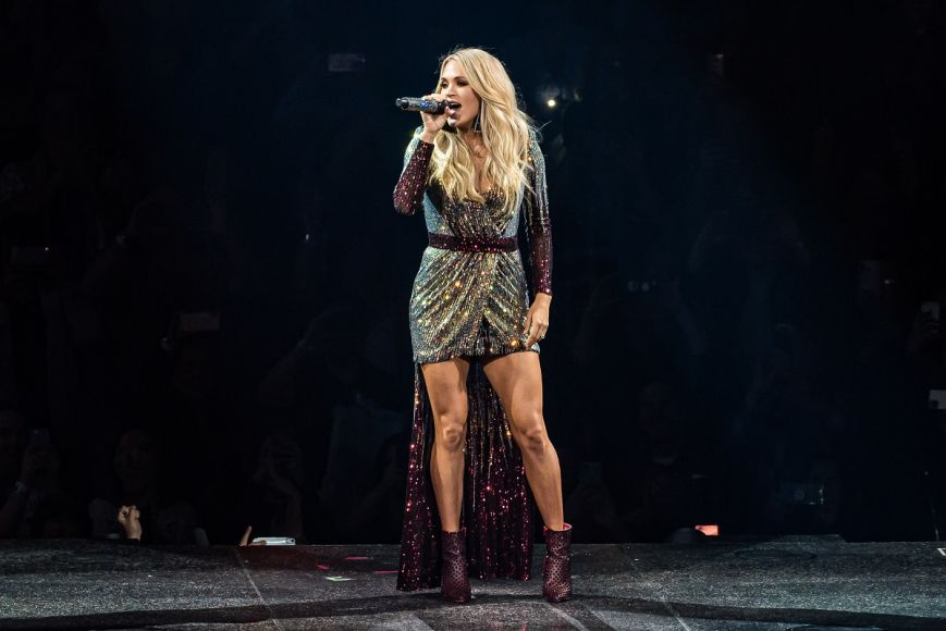 Carrie Underwood; Photo by Andrew Wendowski