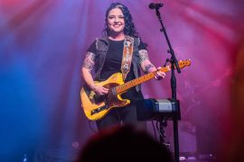 Ashley McBryde; Photo by Katie Kauss