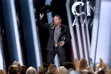 Garth Brooks; Photo by Terry Wyatt/Getty Images