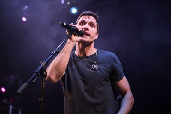 Walker Hayes; Photo by Andrew Wendowski
