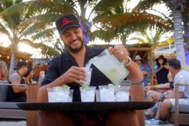 Luke Bryan - One Margarita