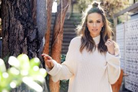 Jana Kramer; Photo by Matthew Sayles