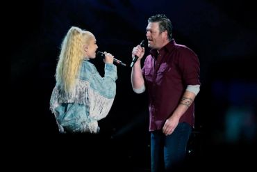 Blake Shelton and Gwen Stefani Live