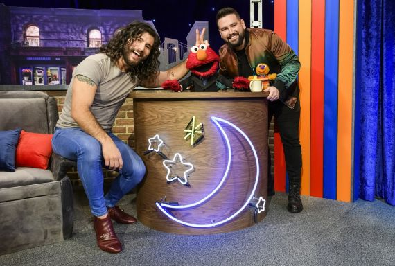 Dan + Shay; Photo by Sesame Workshop, Zach Hyman