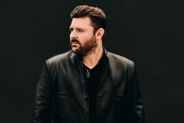 Chris Young; Photo by Matthew Berinato